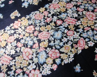 Vintage fabric 70s  / Borderprint / floral cotton / 70s  fabric / midnight / ink blue / 5.75 yards / vintage dressmaking