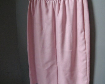 Vintage Leslie Fay Pencil Skirt in Soft Pink