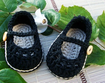 Crochet baby girl booties mary jane black and sand size 0/3 months ready to ship with gift box