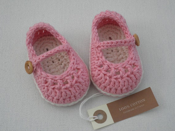 Crochet baby girl booties mary jane medium pink and cream size 3/6 months ready to ship with gift box