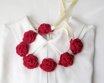 Geranium Red Necklace  Crochet Necklace with Flowers Coral Red  Floral Collar Textile Jewelry