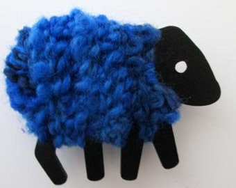 LizzyC Sheep Fridge Magnet -  Bonnie Blue