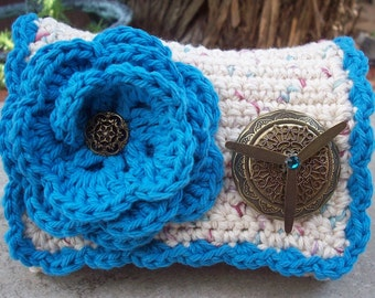 HALF PRICE CLEARANCE  ~  Crocheted Purse  ~  Ecru Tweed and Turquoise Blue with Bronze Locket Crocheted Cotton Little Bit Purse