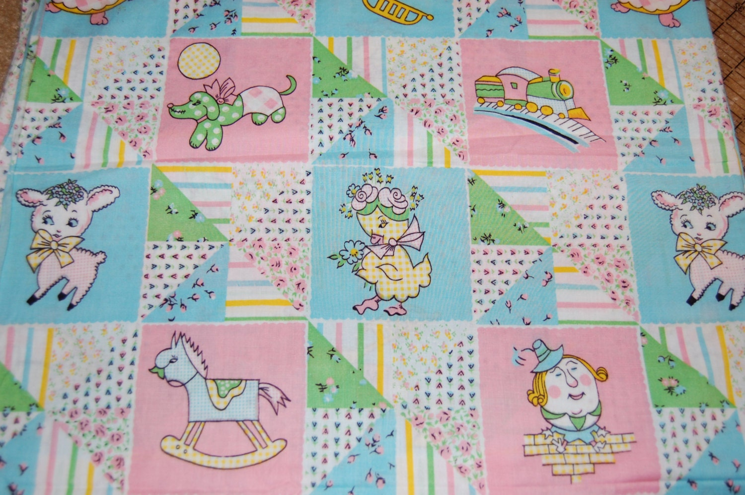 Oop Out Of Print Vintage Retro Baby Fabric 22 Inches Nursery