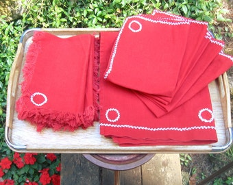 SALE 10 pc Red table set, 5 placemats, 1 runner and 4 napkins, cotton w white accent
