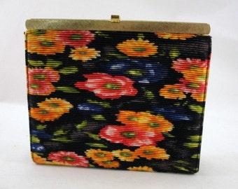 Vintage pleated flower clutch