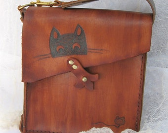 Cat and Mouse Rustic Brown Leather Purse Hand stitched
