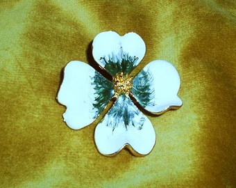 Vintage   Enamel  Flower Pin Brooch Cream Green and Gold
