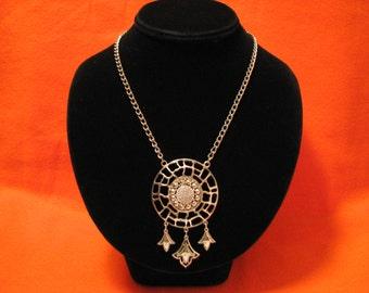 MINT Vintage Lisner Silver Tone Shield Medallion Bib Necklace