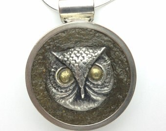 Owl Silver and concrete necklace