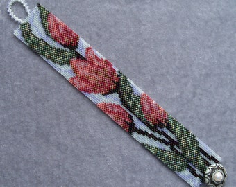 Muted Tulips Bracelet Pattern - Peyote Stitch Pattern