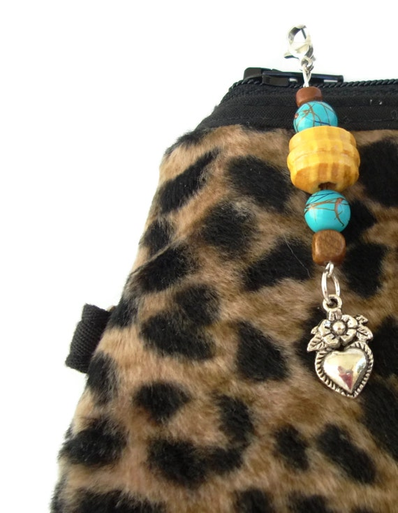 Aqua and wooden Beads Zipper Pull