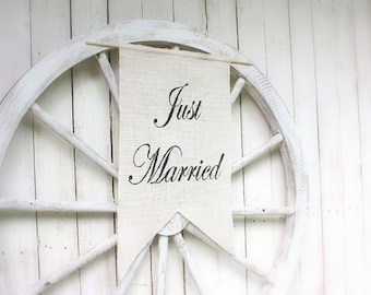 Just Married banner with elegant font