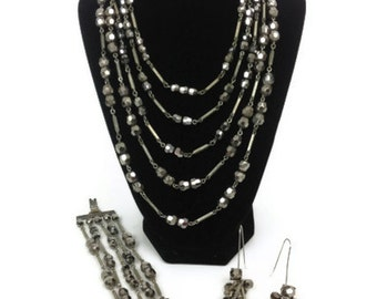 Vintage necklace, bracelet and wire earring set in shimmery charoal gray  and silver