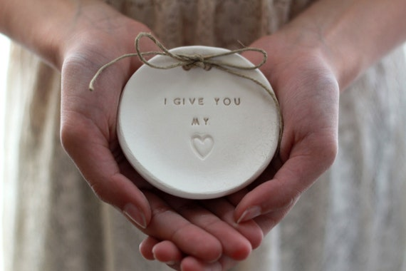 Ring bearer pillow alternative, Wedding ring dish Alternative wedding Ring pillow I give you my heart (sign)  Ring dish