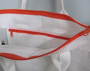 Mesh Tote Bag White w/Colored Zipper