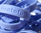 10 Pack Silicone Rubber Wristband Set Live a Grateful Life Cause Bracelet Purple Periwinkle Team Building Thank You