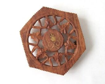 vintage wood hand carved trivet pot holder coaster boho bohemian mid century modern retro rustic brown decorative home decor living india