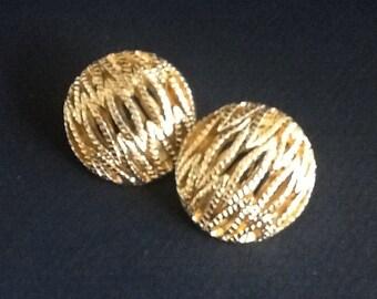 Vintage Monet Gold-tone Clip-on Earrings