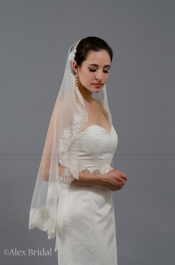 wedding bridal ivory mantila veil 45x36 elbow lace