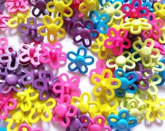 25 pcs Cute flower shank button Mix color