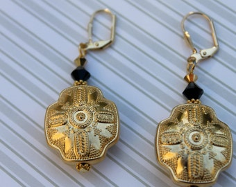 Vintage Etched  Gold Toned Earrings