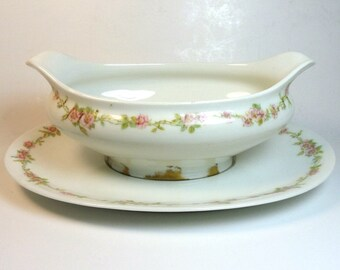 Antique C H Field Haviland Limoges Gravy Boat with Under Plate Pink Flower Garland Pattern/ Vintage Limoges Gravy Boat/ Vintage Shabby Chic