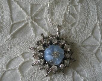 Vintage Silver Plated Rhinestone Starburst Pendant Necklace