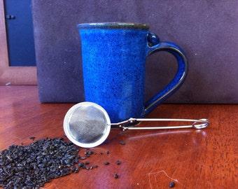 TEA INFUSER with handle (pincher)