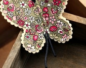 Butterfly Brooch : Floral Pattern