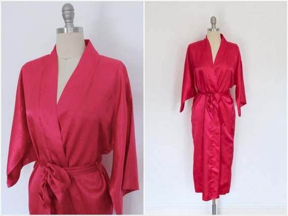 Vintage satin robe saks 5th avenue hot magenta by for Saks 5th avenue robes de mariage