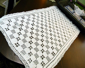 Crochet Placemat or Short Runner in Off White - Has Marks 10183