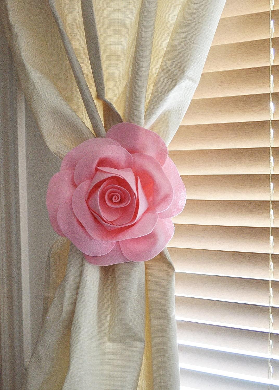 two rose flower curtain tie backs curtain tiebacks curtain. Black Bedroom Furniture Sets. Home Design Ideas