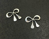 2 pcs - ( Antiqued Finish ) Sterling Silver Sweet Bow Charms - handmade