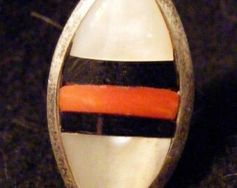 Zuni style shell inlay ring, signed SB