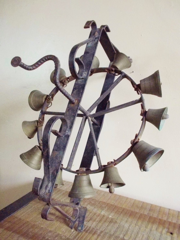 Antique Rotating Wrought Iron Door Bells Chimes
