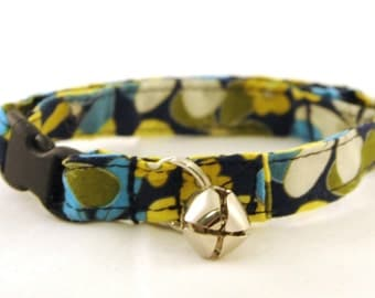 Breakaway Adjustable Cat Collar with Bell - Teal Navy Blue and Mustard Flowers