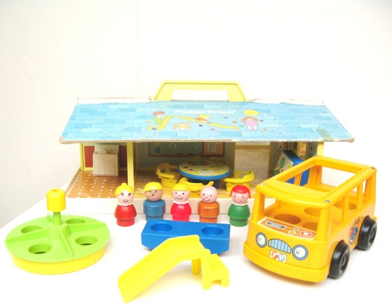 Vintage Fisher Price Little People Nursery School Playset