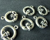 Destash (5) Claddagh Heart Hand Crown Charms - for pendants, jewelry making, crafts, scrapbooking