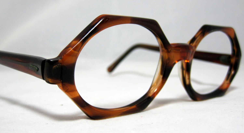 Vintage Eyeglasses Octagonal Shape In Tortoise