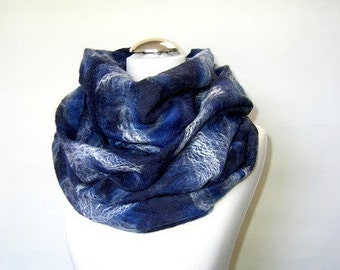 Felted Scarf Shawl Infinity Loop Blue Royal blue Navy White Felting Wool Luxury Cape Autumn Fall Winter Spring Fashion