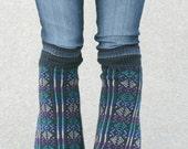 Upcycled recyclé Repurposed pull jambières géométrique bleu noir violet bleu sarcelle Tribal automne hiver Fashion