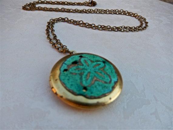 Sand Dollar Locket, Seashell Pendant, Ocean Inspired, Patina Shell, Simple Jewelry, Under the Sea