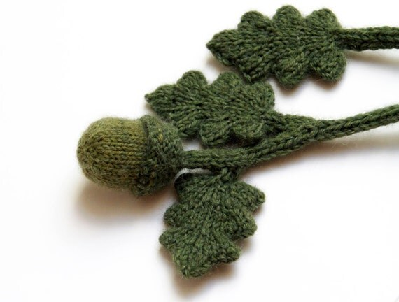 Acorn Leaf Knitting Pattern : Acorn and Oak Leaf Lariat Necklace knit Neckwear