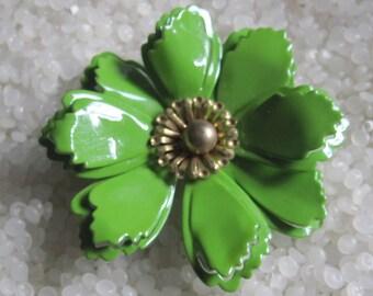 enamel mod flower green and gold  brooch