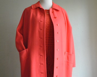 25% Sale: CORAL ORANGE WOOL  Spring Coat Lightweight Buttoned Up- sz 8