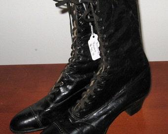 Antique Granny Boots / Victorian Black Leather Granny Boots / Old Granny Boots / RARE / HTF