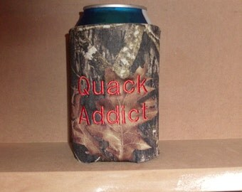 Funny camo can insulator for the duck hunter with a sense of humor