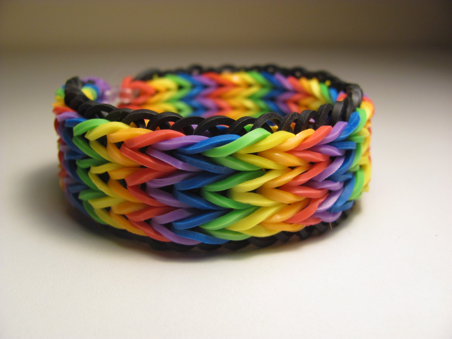 rainbow loom rubber band stretch bracelet triple fish tail. Black Bedroom Furniture Sets. Home Design Ideas