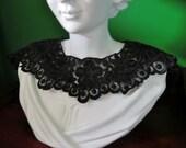 black floral lace collar, scalloped edge